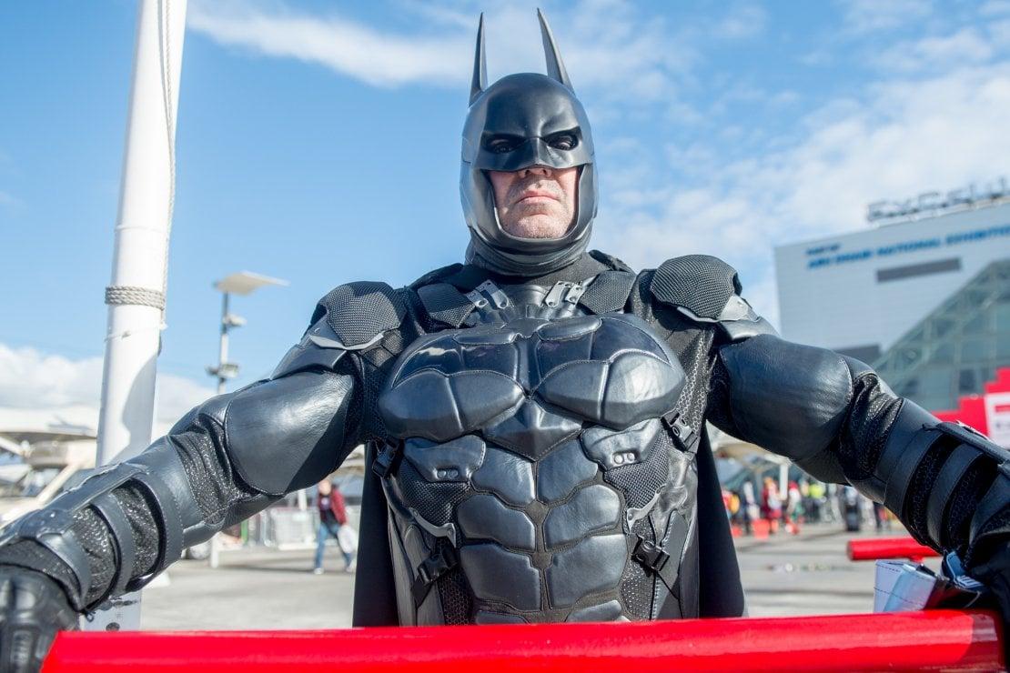 Corpo da Batman e viso disteso: i ritocchi post lockdown al maschile