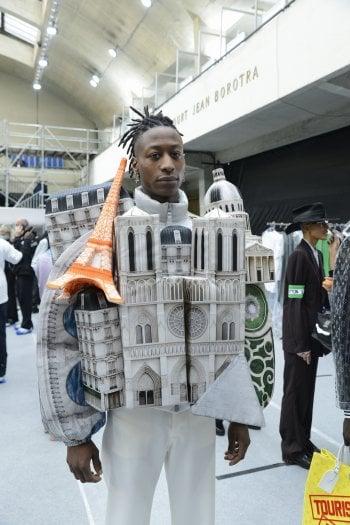Louis Vuitton, uomini con le gonne