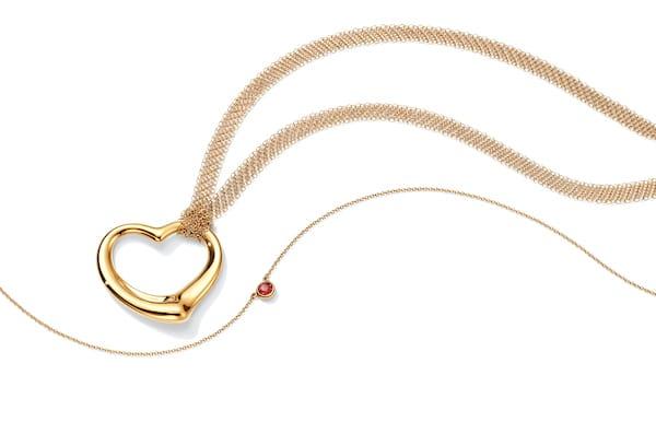 Collana oro, oppure ciondolo cuore e collana mini con pendente, Tiffany&Co;