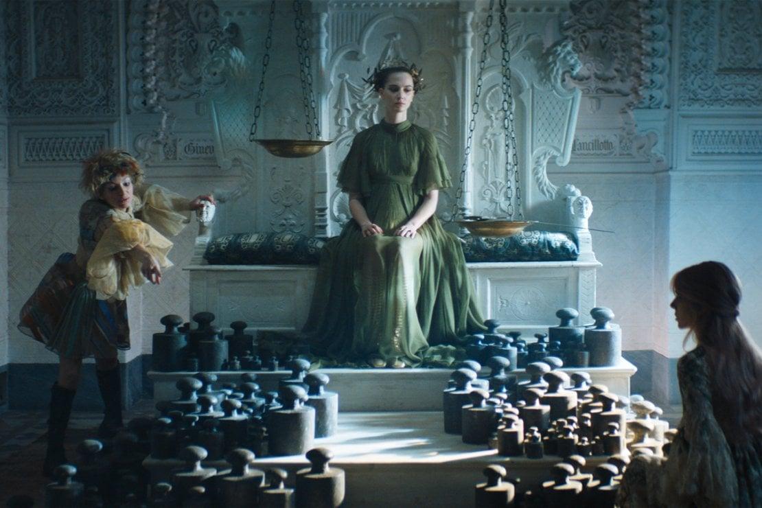 Dior e i tarocchi: un corto di Matteo Garrone per raccontare una collezione fiabesca
