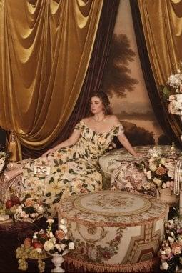 Vanessa Incontrada musa curvy per Dolce & Gabbana: Come un quadro di Rubens