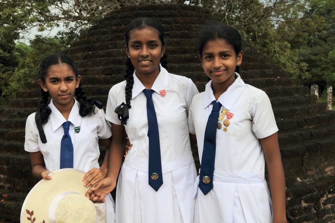 Sri Lanka, assorbenti gratuiti alle studentesse: solo il 30% delle donne può acquistarli
