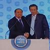 Abbraccio Fini-Berlusconi