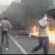 Teheran: lacrimogeni e spranghe