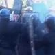 Palermo: gli studenti si scontrano con la polizia