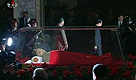 L'omaggio a Kim Jong il: esposta la salma del leader