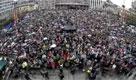 Migliaia in piazza cantano brano odiato da Breivik