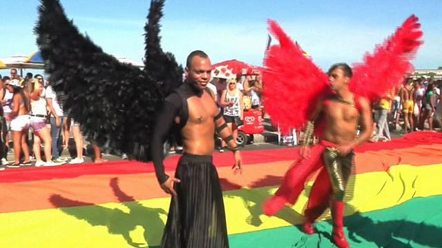 annunci gay napoli e provincia culturisti gay