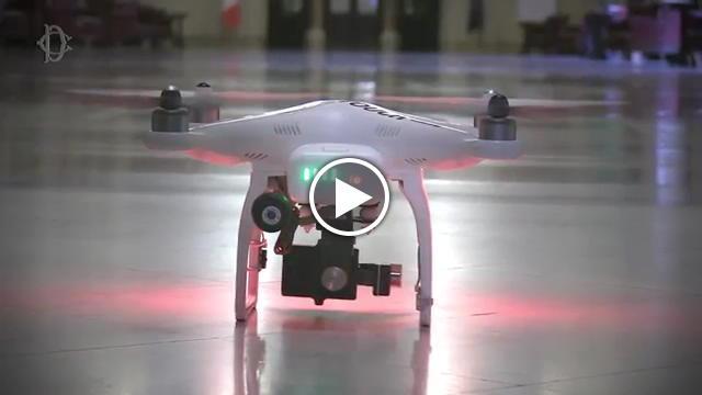 Un ufo in parlamento il drone entra nella camera dei for Camera dei deputati tv