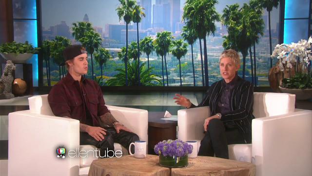 Justin Bieber ed Ellen DeGeneres chiusi in bagno, candid alle fan