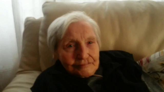 """Nonna Leonilda apre un home restaurant a 96 anni. """"Le mie ricette? Sono un segreto, non ve le dirò mai"""" (FOTO)"""