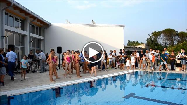 Dopo 25 anni riapre la piscina di villa primavera video - Piscina villa primavera udine prezzi ...
