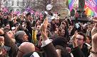 Unioni civili, Milano: le sveglie suonano per i diritti