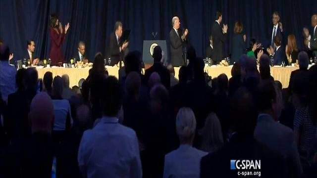Usa, standing ovation per Bocelli, Obama: ''Grazie Andrea''