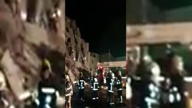 Terremoto a Taiwan, vigili del fuoco tra gli edifici crollati