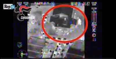 Villaricca,  la cattura del boss Ferrara ripresa dall'elicottero