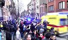 Bruxelles, ambulanza esce dall'edificio dove è stato catturato Salah