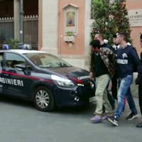 Roma: arrestati 13 rapinatori finti poliziotti