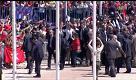 Dilma Rousseff lascia il palazzo presidenziale tra la folla dei suoi sostenitori