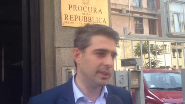 Parma, il sindaco Pizzarotti indagato interrogato in Procura