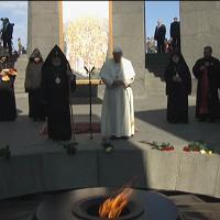 Papa, omaggio al memoriale del genocidio in Armenia