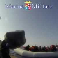 Migranti, 117 persone salvate dalla Marina militare al largo della Libia