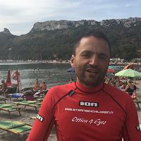 Il giro della Sardegna in kayak contro la mortalità infantile