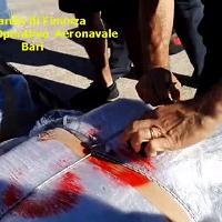 Puglia, un gommone carico di droga bloccato in mare: due arresti