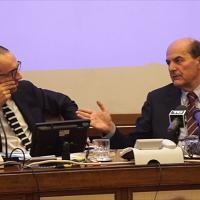 """Referendum costituzionale, Bersani su allarme di Confindustria: """"No ai ricatti"""""""