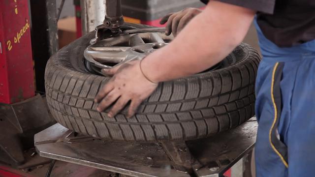 Sicurezza sulle strade, in Italia sempre più pneumatici non conformi