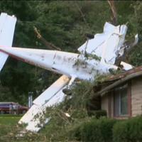 Usa: aereo da turismo si schianta sulla villetta, salvi pilota e passeggero
