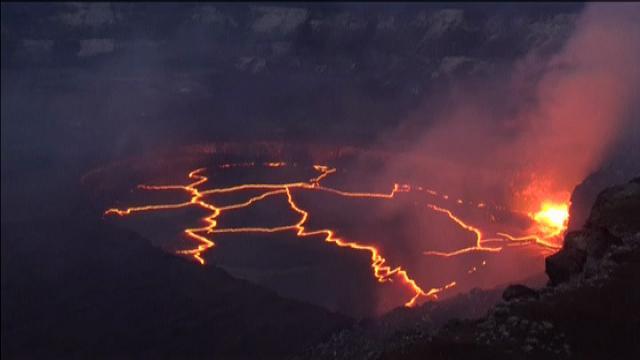 Hawaii: continuano le spettacolari eruzioni del vulcano Kilauea
