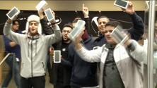 Apple, in fila per l'iPhone 7 in tutto il mondo. Ma in tanti a bocca asciutta