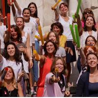 Beethoven contro il cancro al seno: l'Inno alla gioia suonato con centinaia di tubi