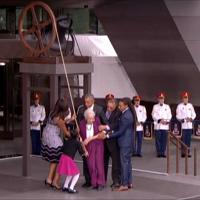 Usa, Obama inaugura museo afroamericano e suona la 'campana della libertà'