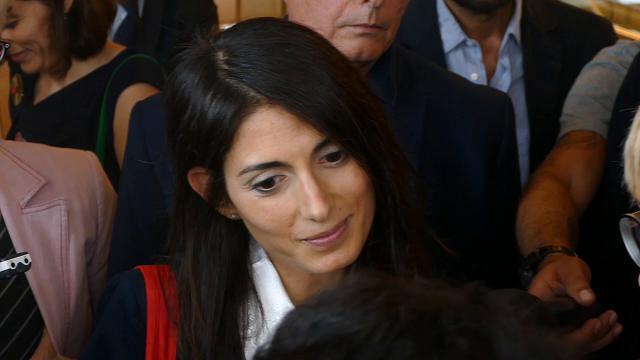 """Roma, Raggi: """"Delega Bilancio ora è mia, in settimana nomi assessori"""""""