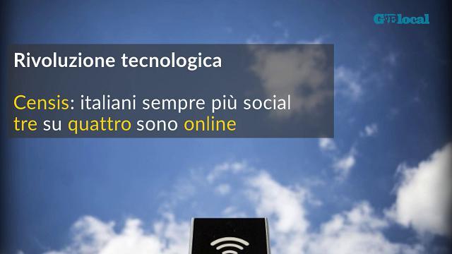Censis: tre italiani su quattro sono online
