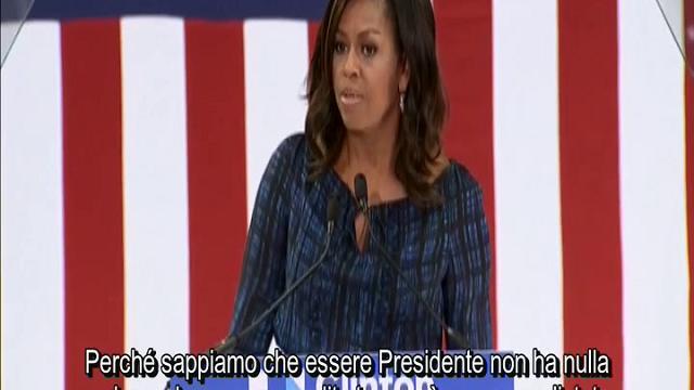 Michelle Obama contro Trump: ''Abbiamo bisogno di un adulto alla Casa Bianca''