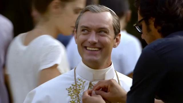 Jude Law, papa scandaloso: l'omelia in The Young Pope lascia di stucco