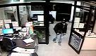 Ladri in azione in un'azienda di Massarosa