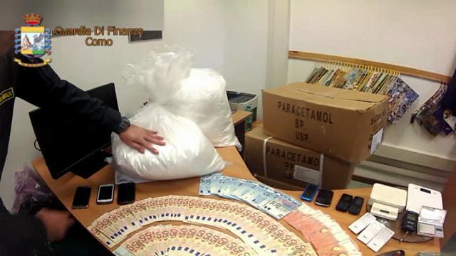 Droga dello sballo, oltre 2 quintali di metanfetamina nel box: incastrato dai vicini a Milano
