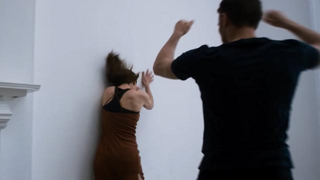 La violenza domestica come una danza, lo spot britannico contro i maltrattamenti