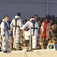 Migranti: a Catania 700 nuovi sbarchi