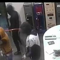 Napoli, rapine e violenze in casa: sgominata una banda, otto arresti