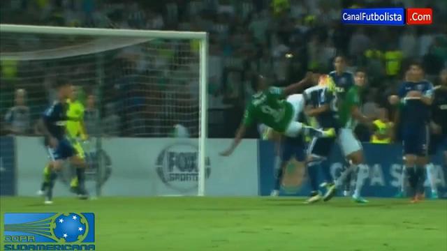 Coppa Sudamericana, la sforbiciata perfetta di Borja: il gol è un capolavoro