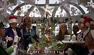 H&M, lo spot di Natale è un corto d'autore: Wes Anderson dirige Adrien Brody