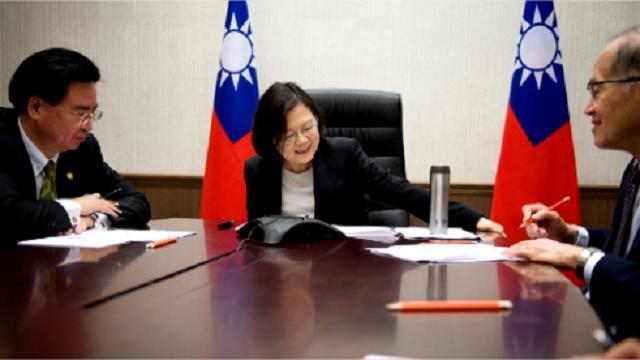 """Trump chiama Taiwan, Zucconi: """"Per il presidente tycoon la politica è business"""""""