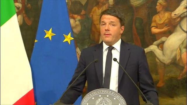 """Referendum, Renzi: """"Volevo tagliare le poltrone ma a saltare è la mia. Mi dimetto"""""""