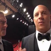 Usa, Zuckerberg ipnotizzato da Vin Diesel: lo fissa in estasi sul red carpet