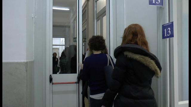 Milano, studentessa morta di meningite in Statale: vaccinati i primi 60 compagni di Flavia